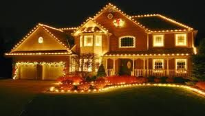 You do not know how to hang #Christmas lights over your House and #garagedoor. We can help you to hang those lights so please just give us a call @ 1-866-808-4555 or visit our official website http://www.pro-master.ca/how-to-hang-christmas-lights-over-your-house-and-garage-door/  #GarageDoorOpenerRepairToronto #ProfessionalMasters #GarageDoors