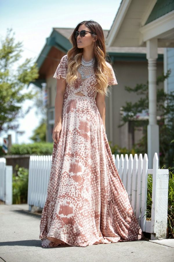 Stunning Maxi Dress Outfits for Stylish Ladies (Like You!)
