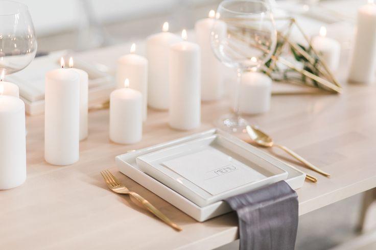 Minimal White Wedding Inspiration for Winter Lovers