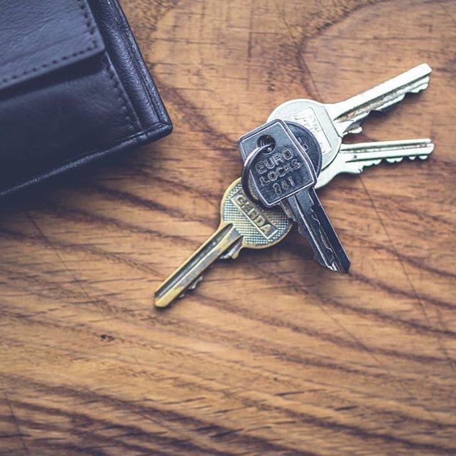 PSA:  Properties sold over $750,000 from 1st July 2017 will need an ATO clearance certificate (as opposed to anything over $2 million currently). More information by clicking the link in my profile #ato #property #realestate #homeowner #sydney #sydneypropertyagent #sydneypropertymarket #sydneypropertysales #sydney #sydneypropertyprices #realestate #realestate