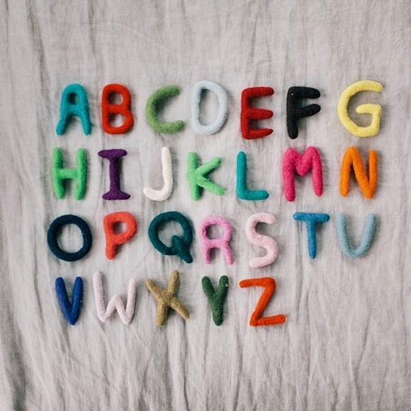 DIY: wool alphabet