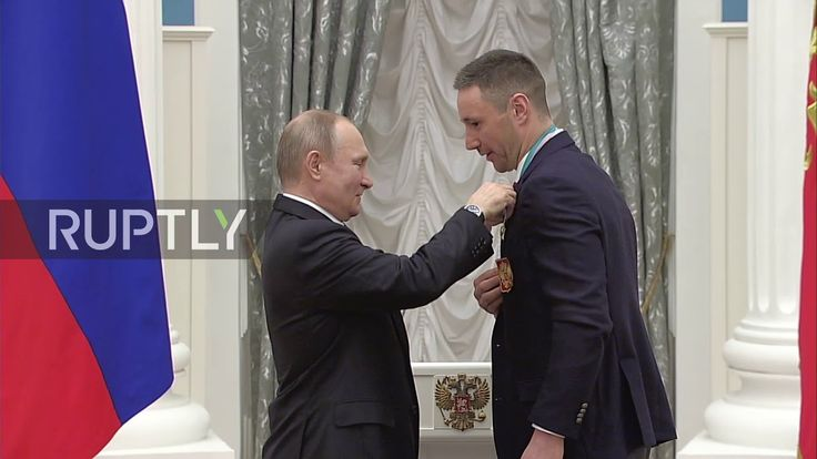 Russia: Putin awards successful OAR Olympic athletes in Kremlin