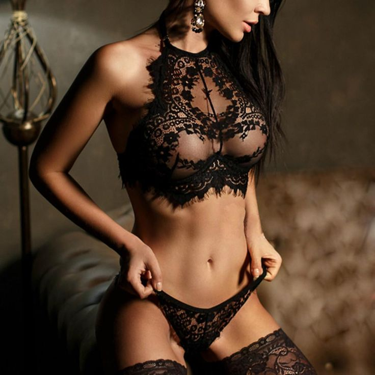 Women's Sexy Lingerie Lace Flowers Push Up Bra and Underwear Set
