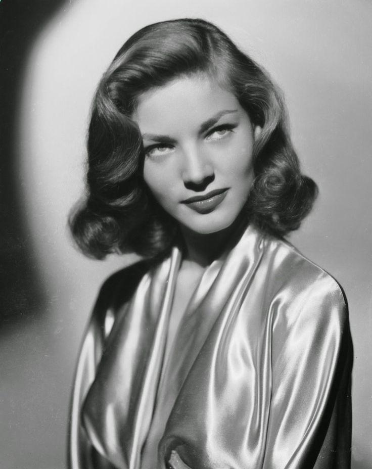 Best 25  1940s hairstyles ideas on Pinterest | Victory rolls ...