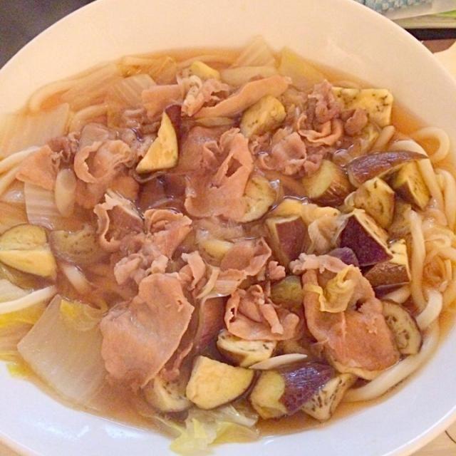 冬は煮込んでポカポカ… 夏は汁を味濃いめにして、つけ麺にしてもイケる! - 9件のもぐもぐ - 豚肉と白菜と茄子のさっぱり煮込みうどん by fb68123743ABs
