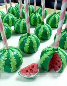 Melonen Cake Pops    gebacken von: LoveTheCosmetics  https://www.youtube.com/user/LoveTheCosmetics