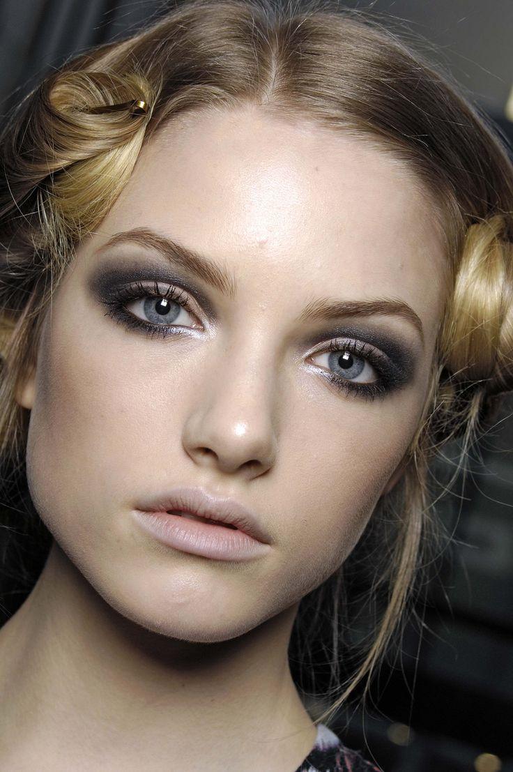 Brown Eye Makeup Tutorial: 118 Best On Aime Les Yeux Bleus! Images On Pinterest