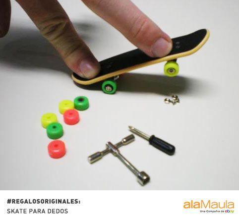 #Fingerboards para tu amigo Skate + dedos = volar con la imaginación  http://www.alamaula.com/buenos-aires/juguetes/se-vende-set-de-14-tech-decks-40-fingerboards-41-43-5-rampas/9453136
