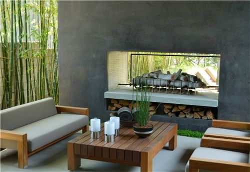 <3 this outdoor fireplace