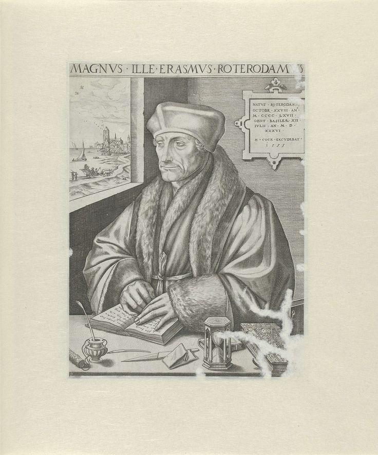 Frans Huys | Portret van Desiderius Erasmus, Frans Huys, Hans Holbein (II), Hieronymus Cock, 1555 | Portret van Desiderius Erasmus ten halven lijve naar links, gezeten aan een tafel, zijn handen rustend op een opengeslagen boek. Op de tafel een zandloper, inktpot met pen, pennenmes, bijbel en andere boeken. Aan de muur een plaquette, links een venster met zicht op een stad aan het water, waarschijnlijk Rotterdam.