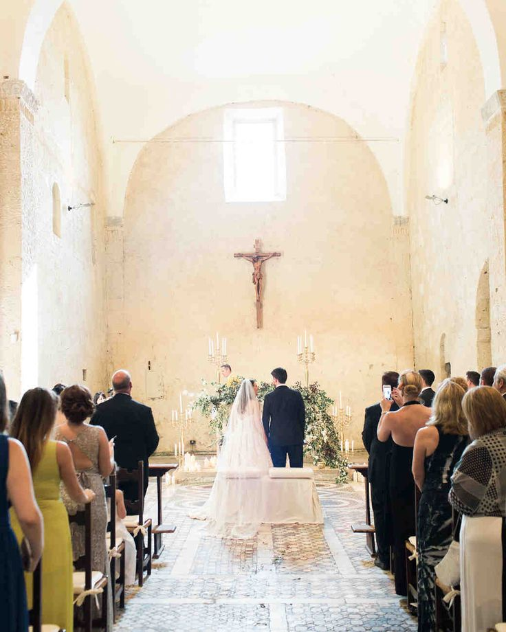 This Romantic Italian Wedding Features A Historic Venue And One Amazing View