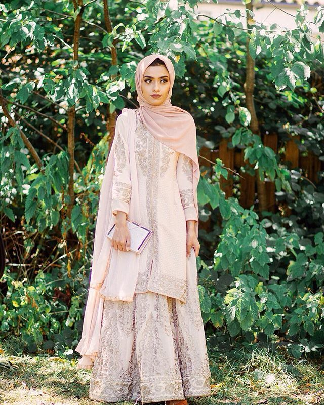 So in love with this outfit from @reeshma_london #eidinspiration…