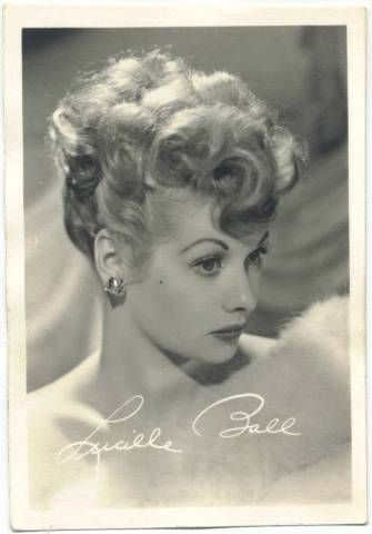 lucy.: Lucil Ball, Ball Hair, Vintage Photographers, Vintage Pictures, Beautiful, Lucille Ball, I Love Lucy, Pin Up Girls, Favorite People