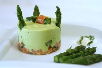 tartare aux 2 saumons et mousse aux asperges selon Mercotte