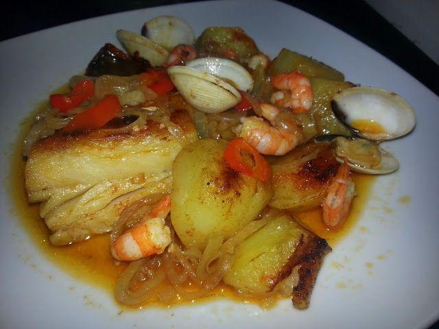 Receitas práticas de culinária: Bacalhau no Forno com Batatas ,Camarão e Ameijoas