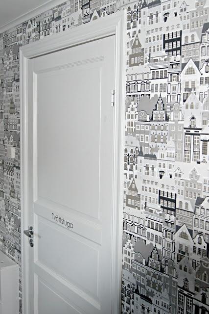 Wallpaper, Metropolis for Sandberg.