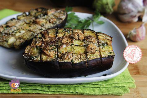 Le melanzane a scacchiera sono una ricetta per un contorno facile veloce e gustosissimo che piacerà tutta la famiglia e sono bellissime da portare in tavola