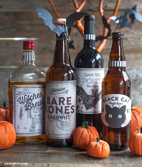 We are rounding up our Halloween party with these Printable Halloween Beverages Labels.  Aren't they a perfect complement to any spooky bash, transforming an ordinary bottles to a spook-tacular potion?!
