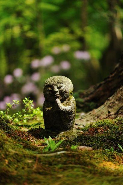 Tiny Jizo statue at Ohara-Sanzen-in-Temple / Kyoto…
