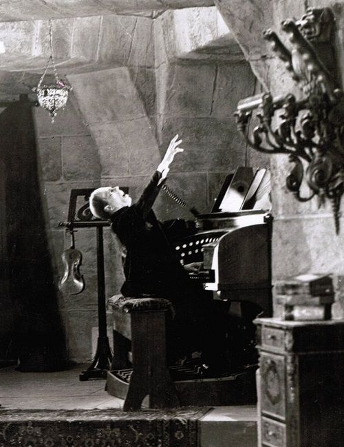 """Lon Chaney (April 1, 1883 – August 26, 1930) in The """"Phantom of the Opera"""", 1925"""