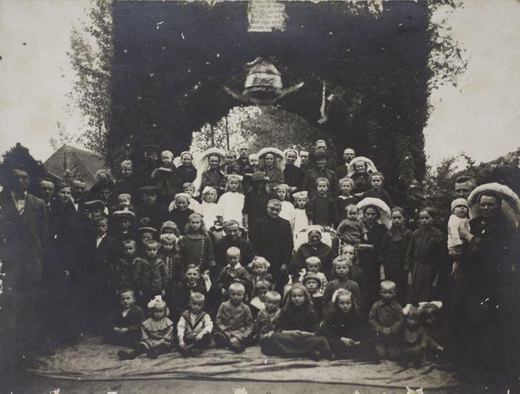 Johannes Verberne gb x.x.1xxx Asten, ov 21.1.1874 Asten * & + gehuwd 11.4.1845 Asten met * & + Hendrina van Oosterhout gb x.x.1xxx Asten, ov 18.6.1877 Helmond * & + dochter van Jan van Oosterhout en Hendrina van den Boomen * & + kinderen: *…