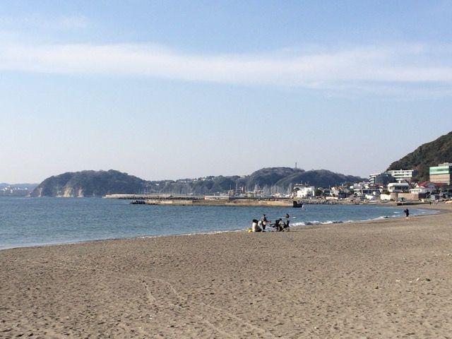 葉山・森戸海岸ダブルサンドイッチ