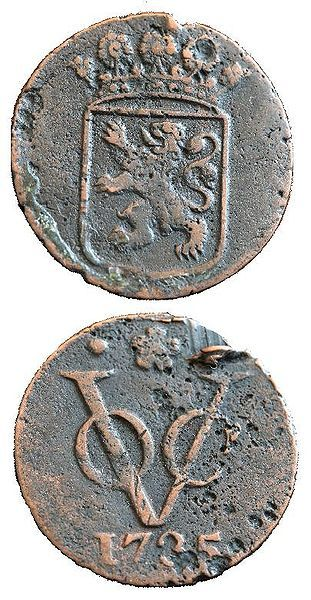 Two sides of a duit, a coin minted in 1735 by the VOC. This Day in History: Mar 20, 1602: Dutch East India Company founded http://dingeengoete.blogspot.com/