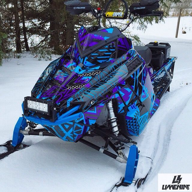 Cool snowmobile wrap! #snowmobile