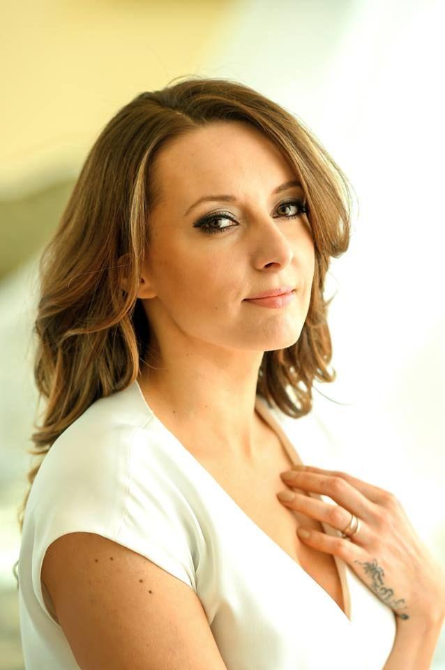 Monika Kuszyńska - urodzona w Łodzi,  piosenkarka i autorka tekstów, była wokalistka zespołu Varius Manx, reprezentowała Polskę podczas 60. Konkursu Piosenki Eurowizji. #kulturalnełódzkie #kuszynska