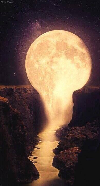 21 Atemberaubende Bilder vom Mond, die Sie denken lassen, ob es real ist oder nicht