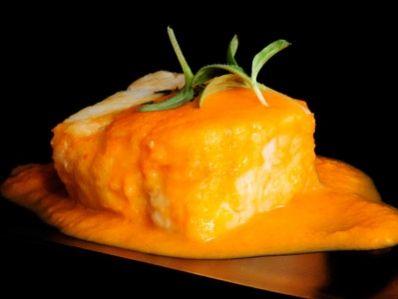 Receta   Bacalao con salsa de pimientos asados - canalcocina.es