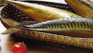 Wędzone ryby mogą być zdrowe. Sprawdź dokładnie ile leżą na sklepowej półce. Nieświeże są toksyczne!