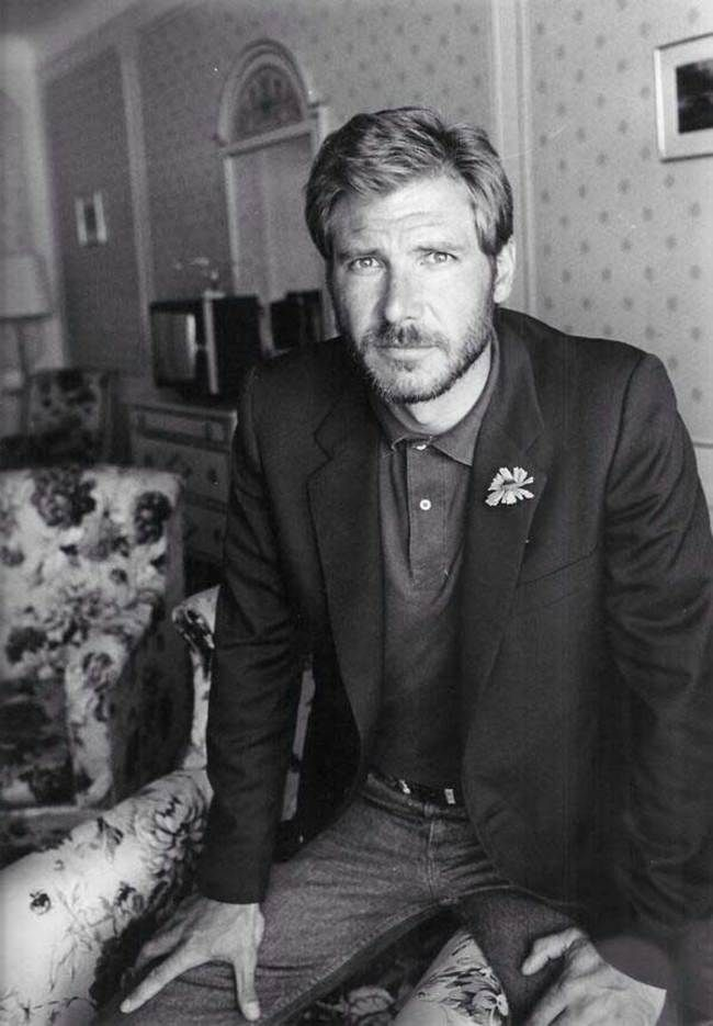 Un joven Harrison Ford.
