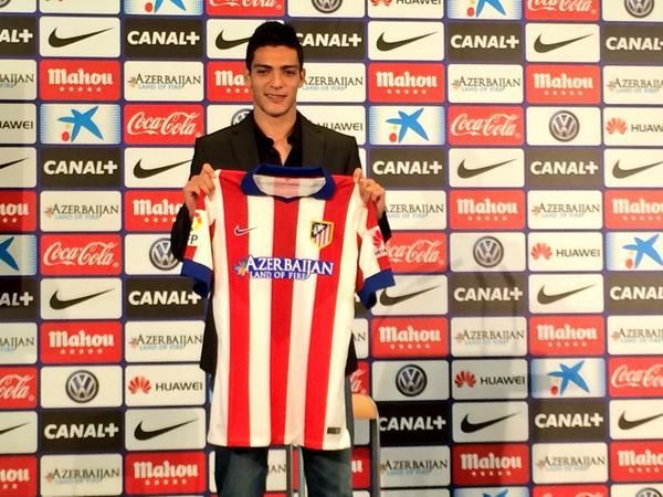 Mexico striker Raul Jimenez has been unveiled as an Atletico Madrid player. He moved from Club America.