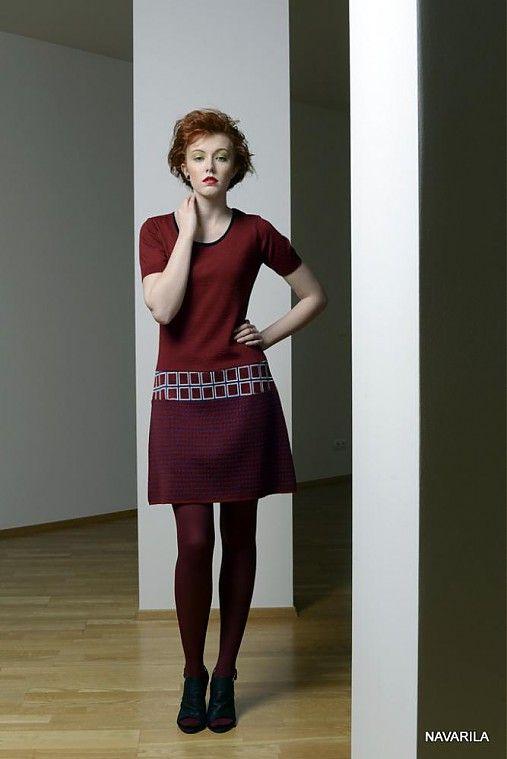 Pestrobarevné retro šaty Noki- geometrické vzory...