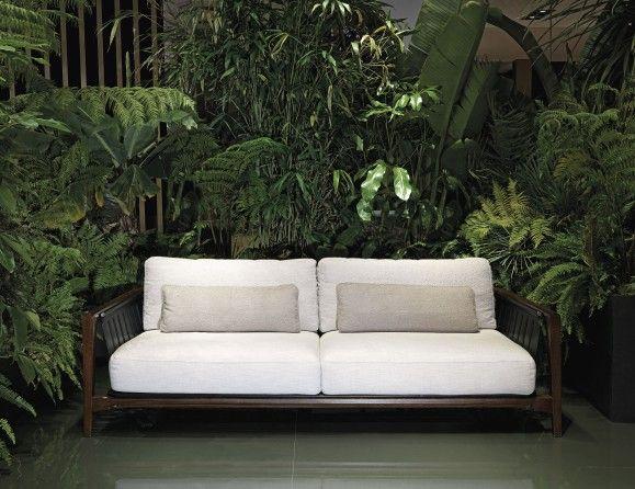 Nella Vetrina Visionnaire Ipe Cavalli Green Life Sofa In Iroko Wood Luxury Outdoor Furniture Italian Furniture Modern Garden Sofa