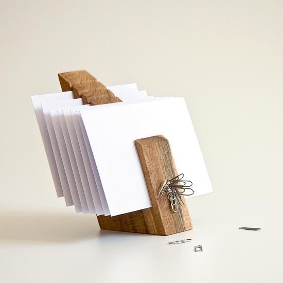 porta lettere in legno (anche per biglietti da visita; perchè no?!) - wood letter holder