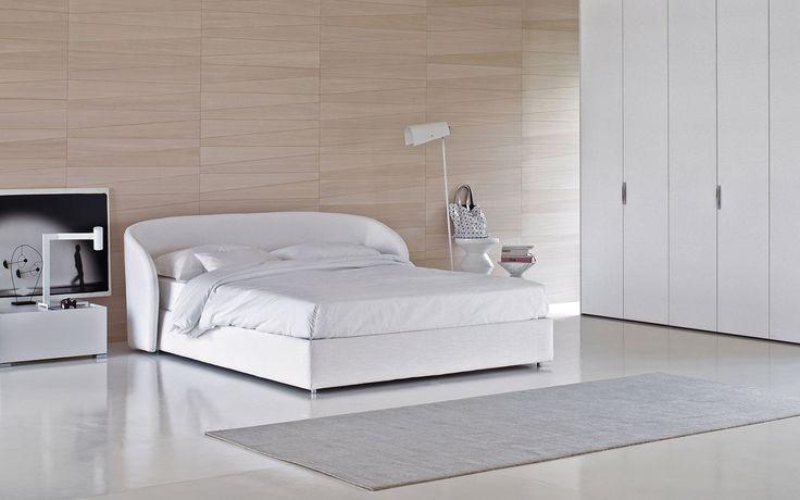 Flou _ Celine bed by Riccardo Giovanetti