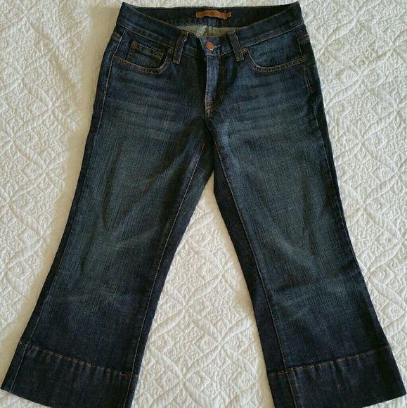 "Arden B. Dark Denim Capri - Size 1 Dark denim capri. 20.5"" inseam. Arden B Jeans"