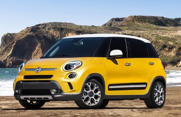 Gorgeous and eye-popping yellow on the 2014 Fiat 500L