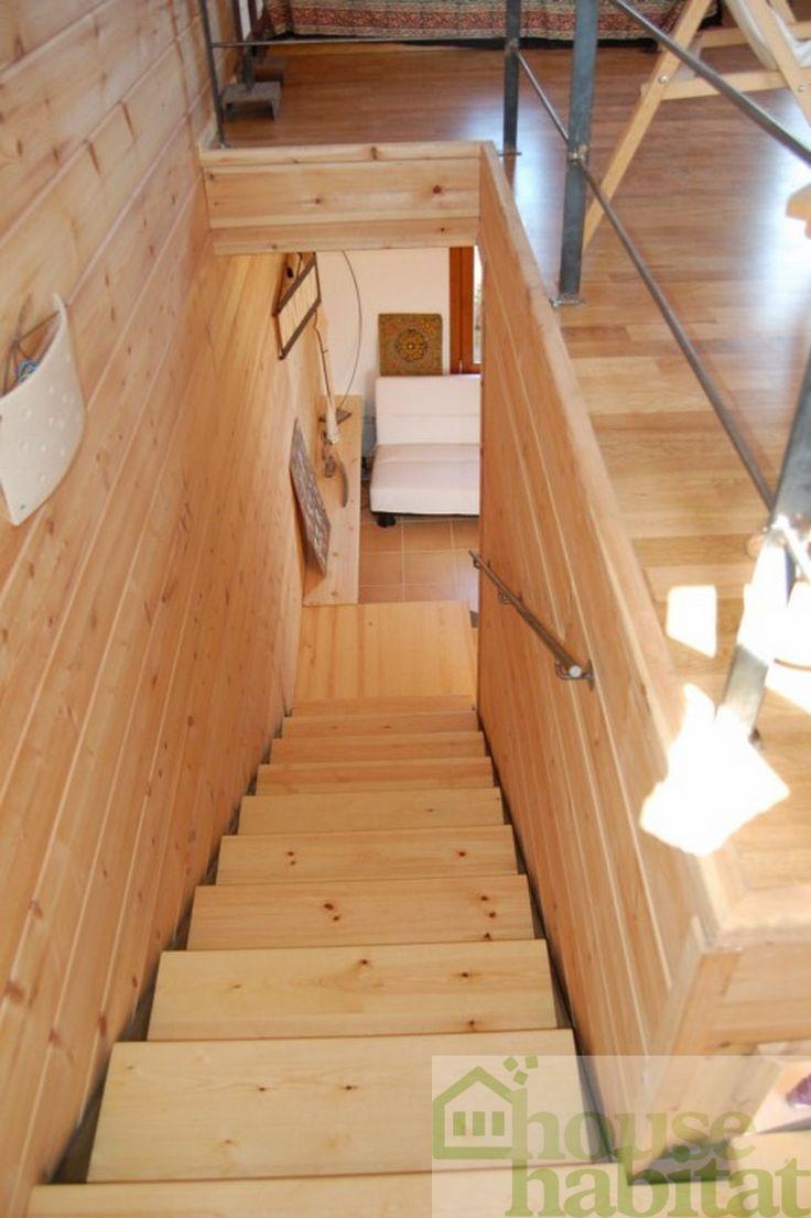 escalera casa de madera Kuusamo en Rupià (Girona) obra de House Habitat