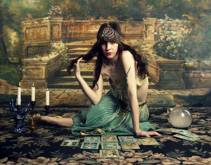 gypsy fortune teller... \\ VeraVague //