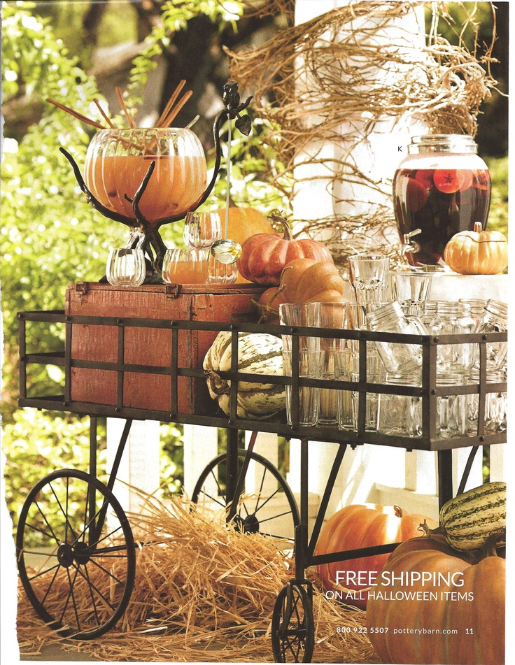 Pumpkin Party: Decor Ideas, Drinks Stations, Beverages Carts, Fall Parties, Fall Drinks, Parties Drinks, Backyard Parties, Outdoor Parties, Bar Carts