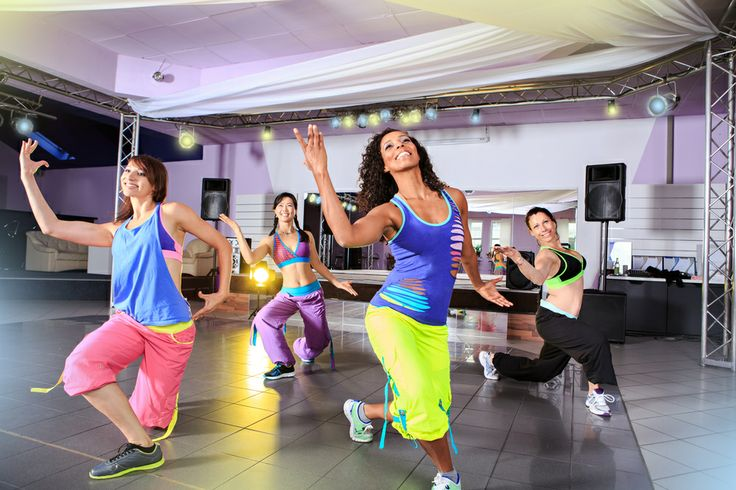 Танцы - это великолепная возможность поддерживать себя в хорошей форме. А если есть поблизости место, где преподают танец Zumba, то не ждите ни минуты, записывайтесь! Танцуют все!  #танец #движение #поддержка #форма #стройность #зумба #спорт #калории #фигура #диета #похудение #Казахстан #Рамстор #zumba #dance #ramstore #ramstor