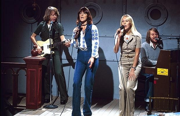 ABBA songs always contained the following magic ingredients: dance routine, pace and rhythm, an easily memorable song, a perfect chorus, key change and a clearly defined finish