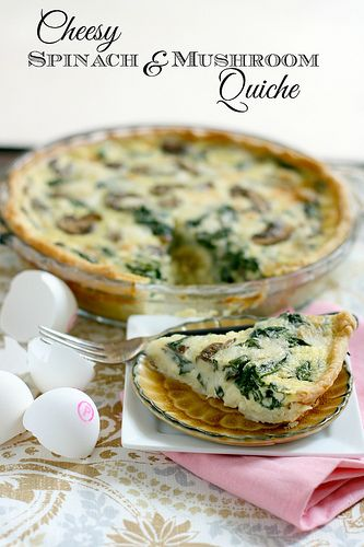 Cheesy Spinach and Mushroom Quiche with @Safest Choice Eggs #MeatlessMeals