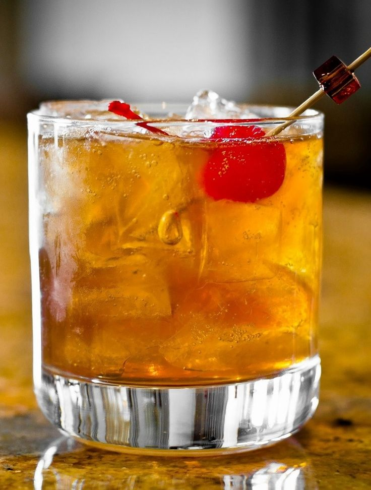 ^Rob Roy^.  Ingredients 2 oz scotch whisky 2 dashes angostura bitters 3/4 oz sweet vermouth ice cubes maraschino cherry...