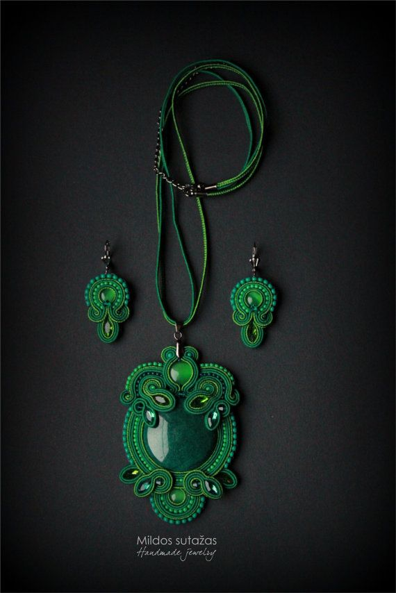 Handmade necklace  pendant and earrings by Mildossutazas on Etsy