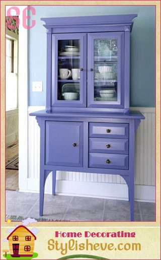 Love the pop of colorCottages Style, Decor Ideas, Painted Furniture, Painting Furniture, Kitchens Hutch, Small Kitchens, Periwinkle Blue, Bright Colors, Purple Kitchens