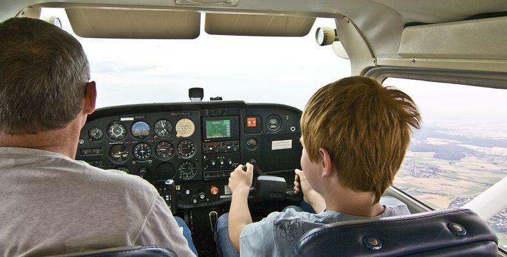 50 Min. Flugzeug Rundflug über die Saale & Unstrut ab Halle-Oppin #Himmel #Geschenk #Heimat